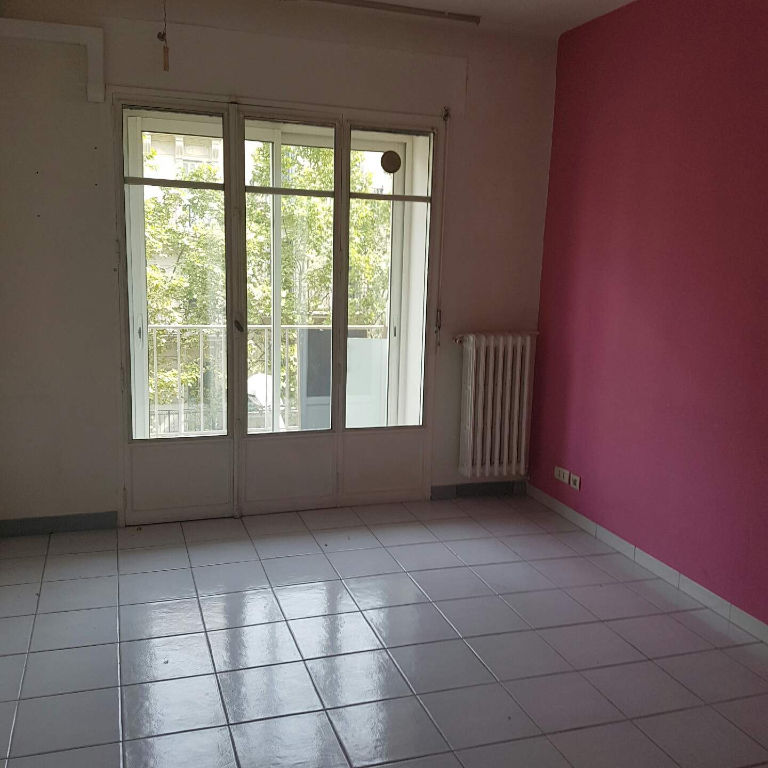 appartement-type-3-situe-a-toulon-proche-liberte